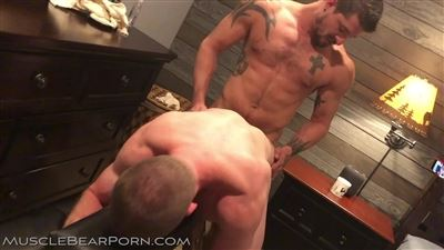 Muscle Bear Porn videos